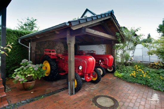 Satteldachcarport mit Ziegeleindeckung im Eigenbau